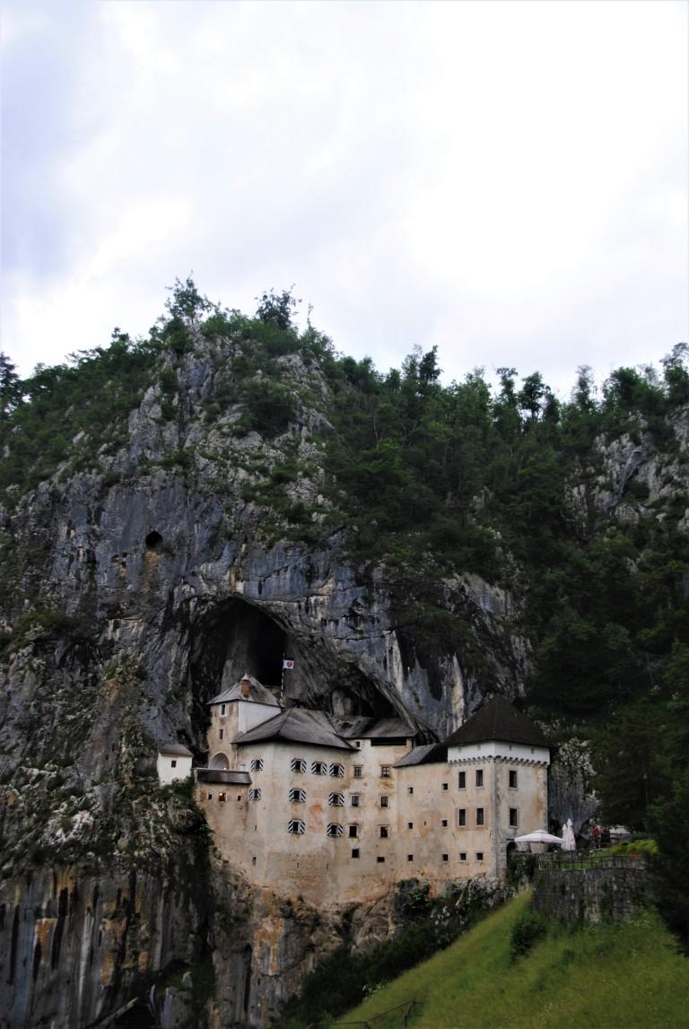 Predjama Castle, Slovenia - essiparkkari.wordpress.com